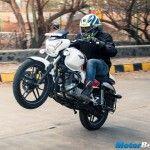 Bajaj V15 Sales Crosses 1 6 Lakh Mark New Ocean Blue Colour