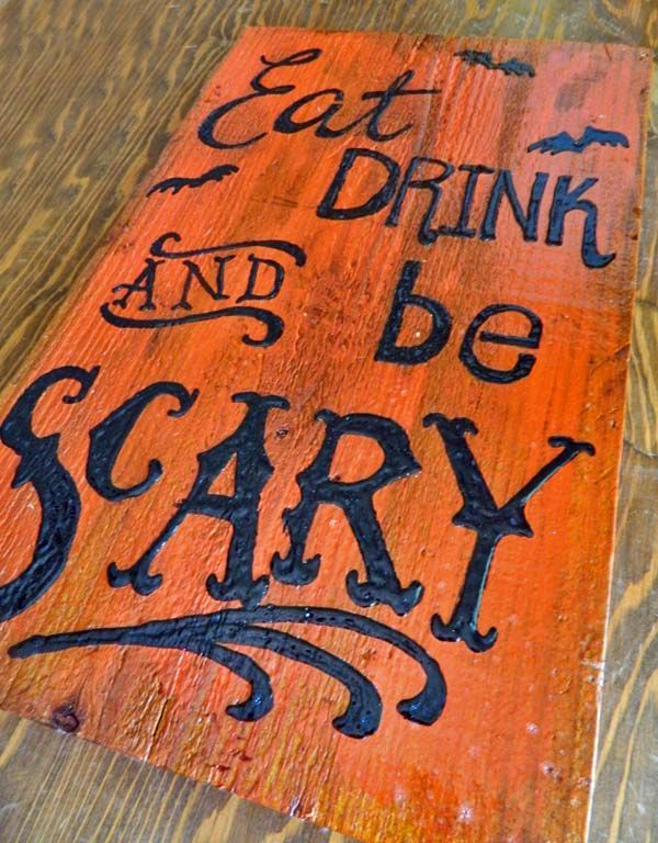 diy eat drink be scary halloween sign