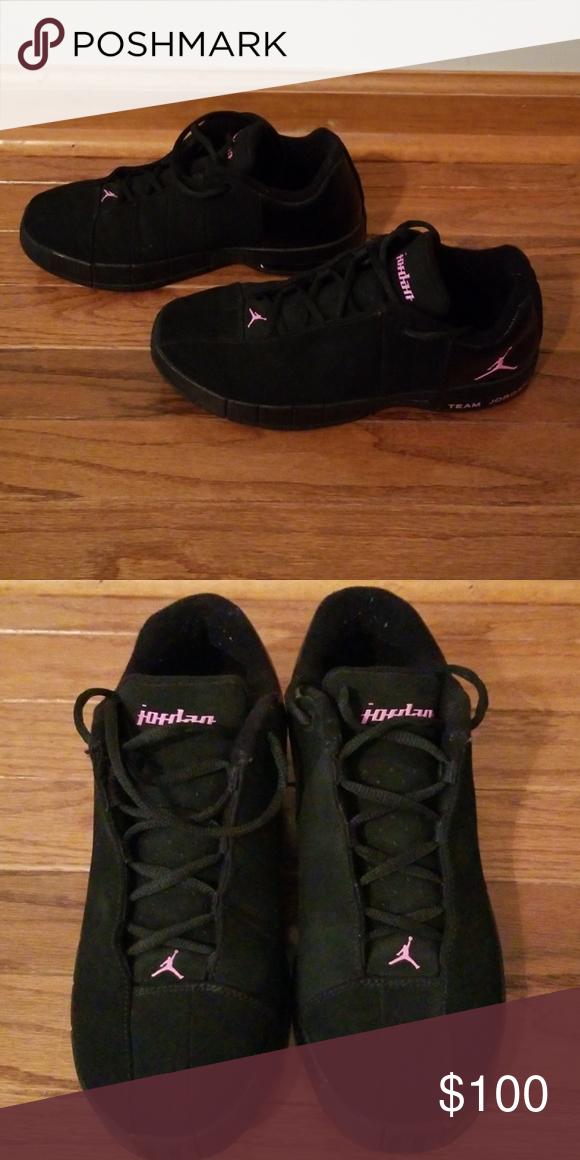 sale retailer 2dc98 ef883 Jordan Shoes | Women'S Jordans | Color: Black/Pink | Size ...