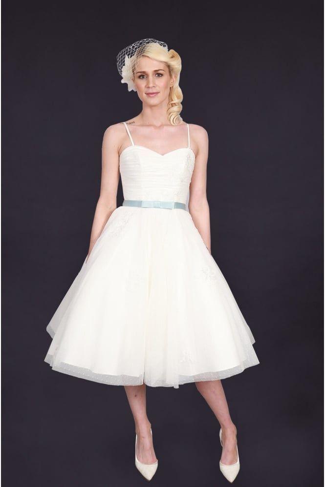 Pin de Cutting Edge Brides - London en Short & Tea Length Wedding ...