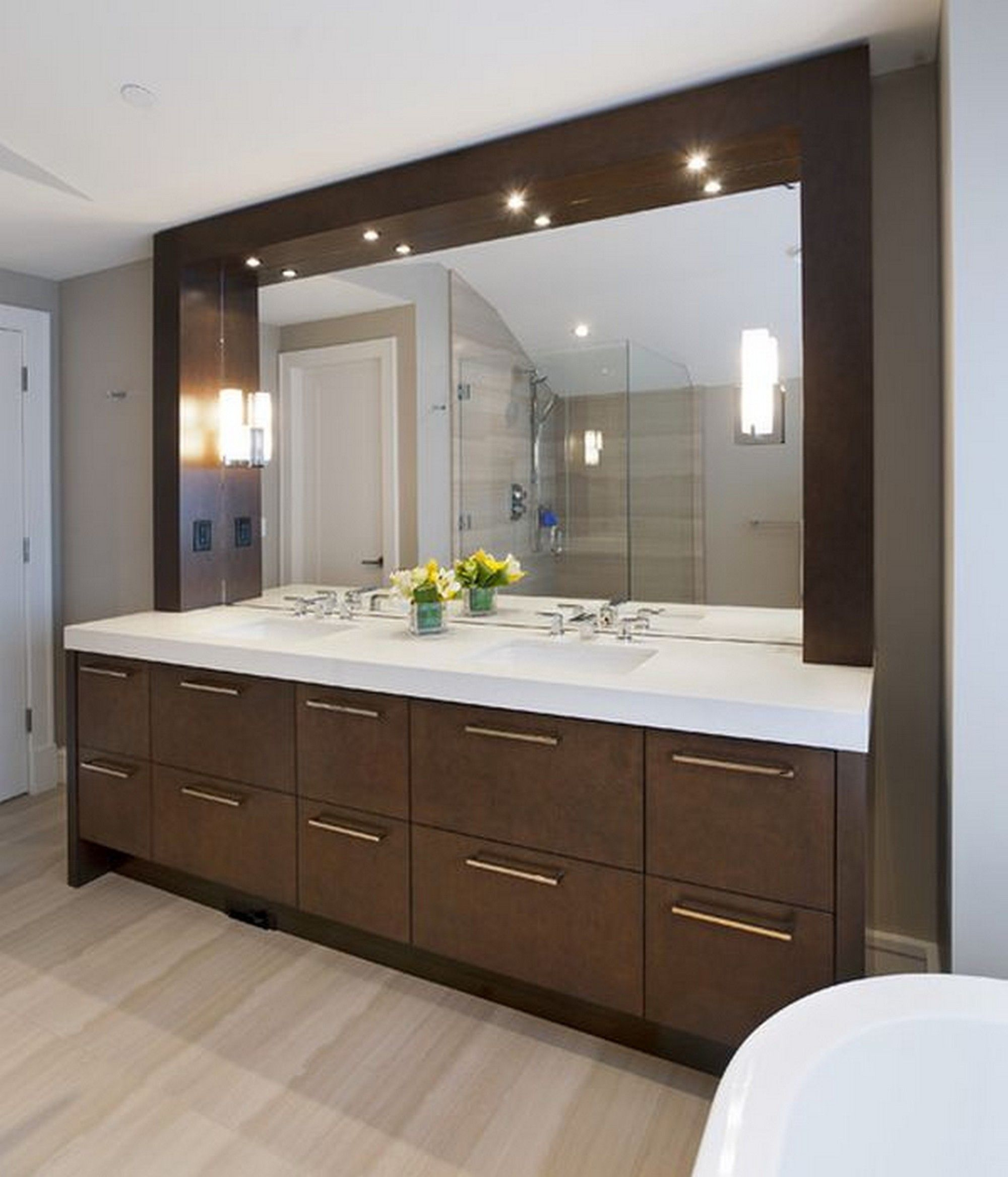 40 Gorgoeus And Modern Bathroom Mirror Ideas Following Are The And Modern Floating Bathroom Vanities Modern Bathroom Mirrors Modern Bathroom Vanity Lighting