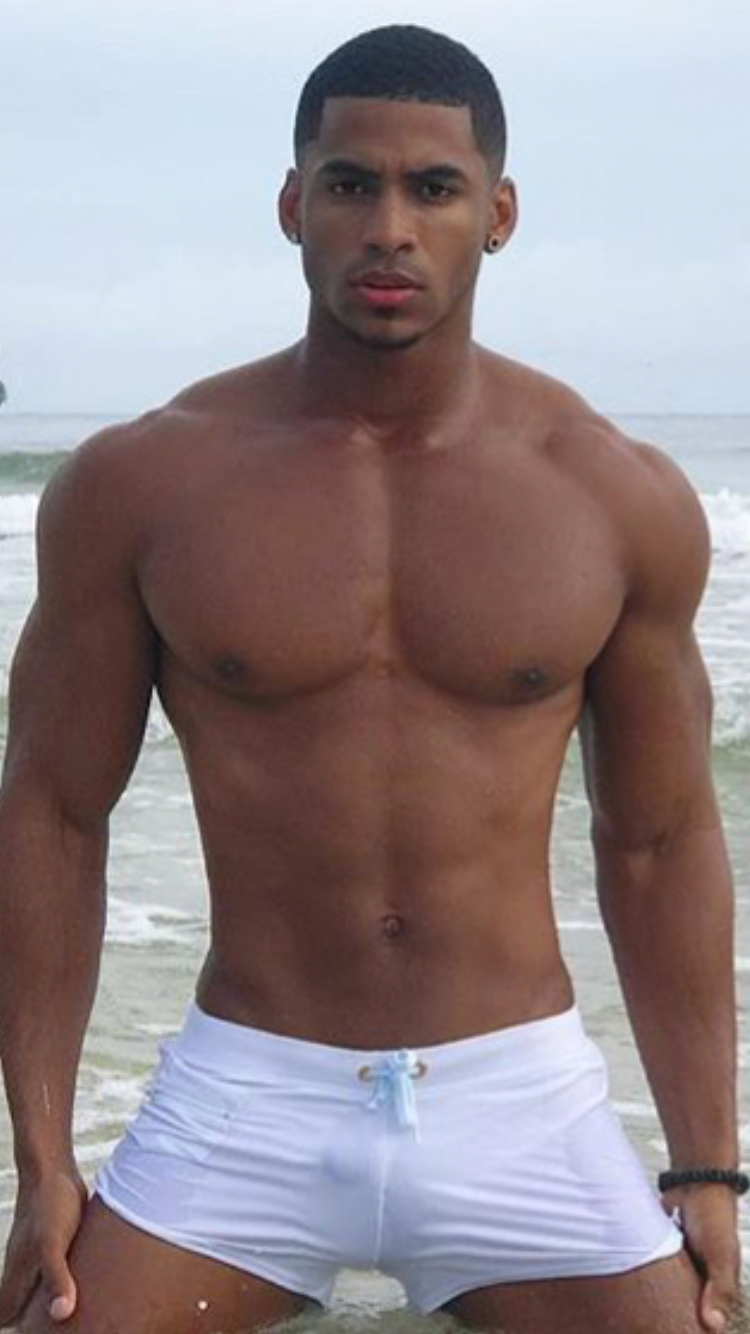 aa2512b2daac6 Hot piece of VPL in this black muscle guy s wet white trunks. More hot men   Adamb18  fitness