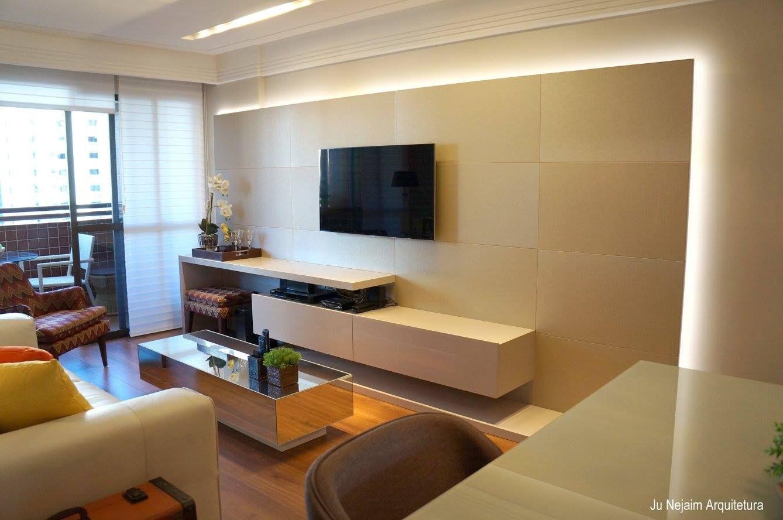 Home theater na cor fendi e painel em couro facto p rola - Tom interiores ...