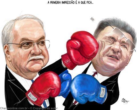 Charge de Aroeira para o Brasil Econômico