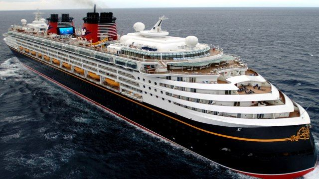 Best cruise ships in the world cond nast traveler 39 s 2013 for Best cruise in world