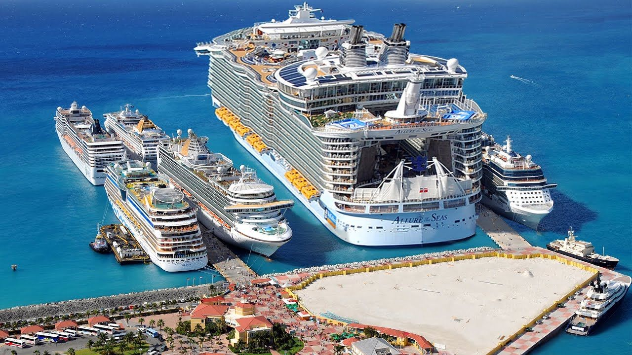 Biggest Cruise Ship In The World Monster Youtube Biggest Cruise Ship Cruise Ship Luxury Cruise Ship