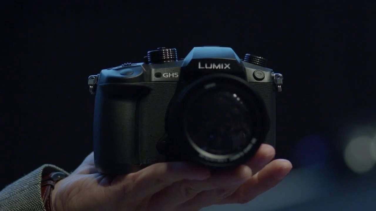 Using an all-new 18-megapixel sensor, the Lumix GH5 is capable of 8 ...