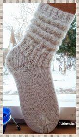 Photo of Gefaltete Socken (zu sehen bei Tuovi Mönkkönen) 4-lagiges Garn (von Buttinette) …