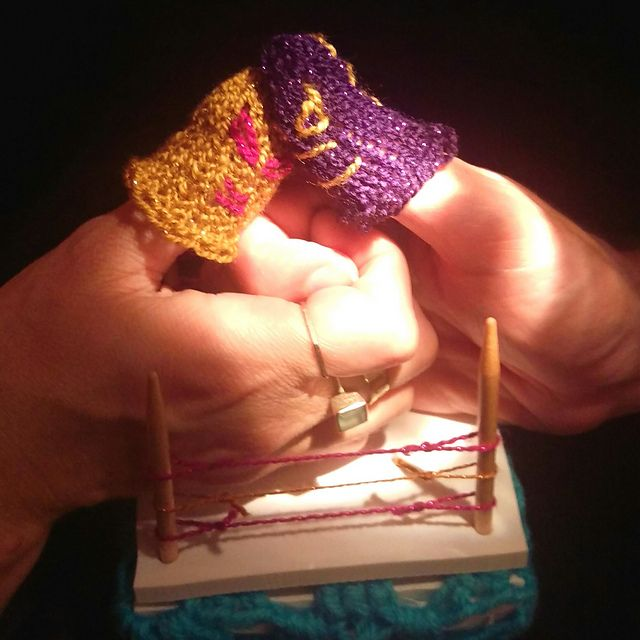 Make these luchador finger puppets and have a thumb wrestling ...