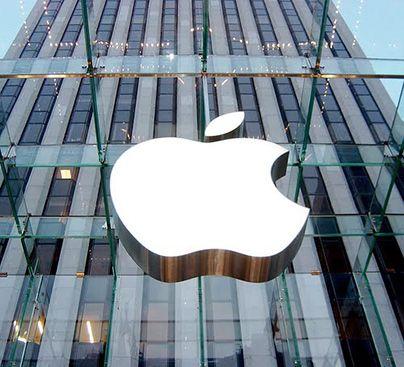 "Wozniak decid que ""Apple va por mejor via sin Steve Jobs"""