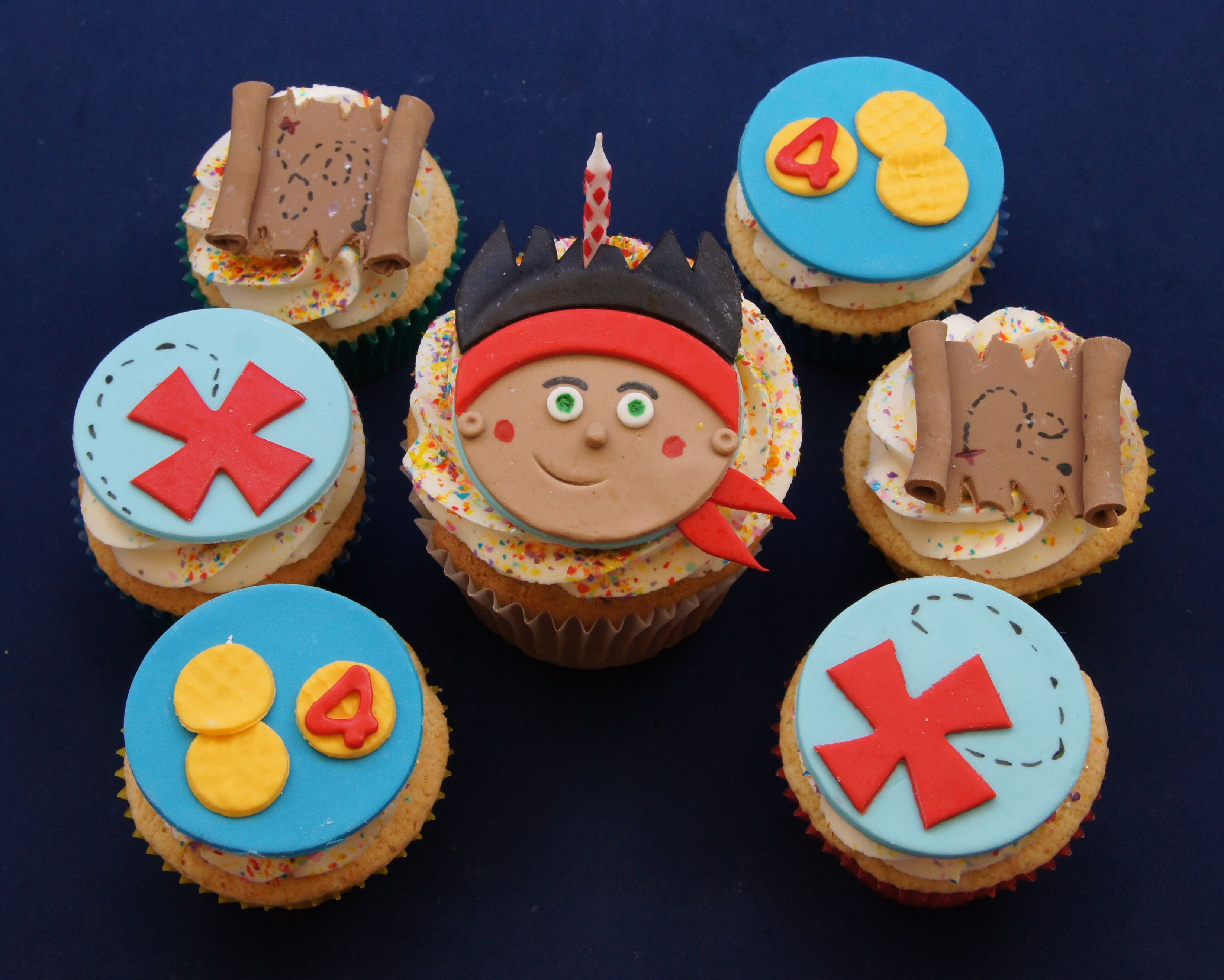 Cake ideas on pinterest pirate cakes marshmallow fondant and - Jake And The Neverland Pirates Cupcakes