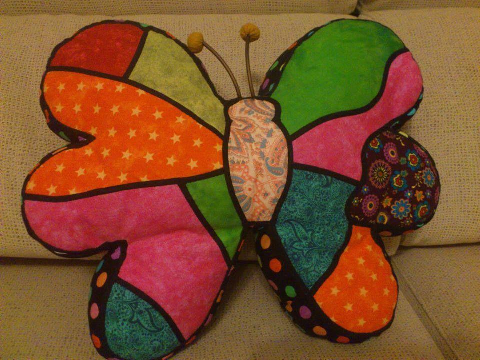 #lascucadasdenoe #Cojin #Mariposa #patchwork #patch #butterfly #cushion