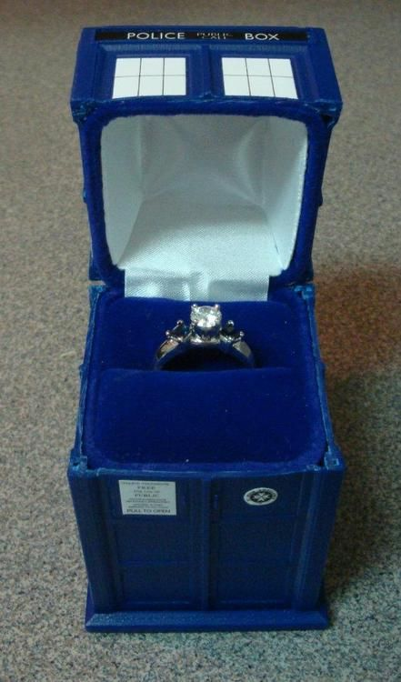 Pin By Chandra Repple On Well That S Pretty Doctor Who Wedding Tardis Ring Engagement Ring Box