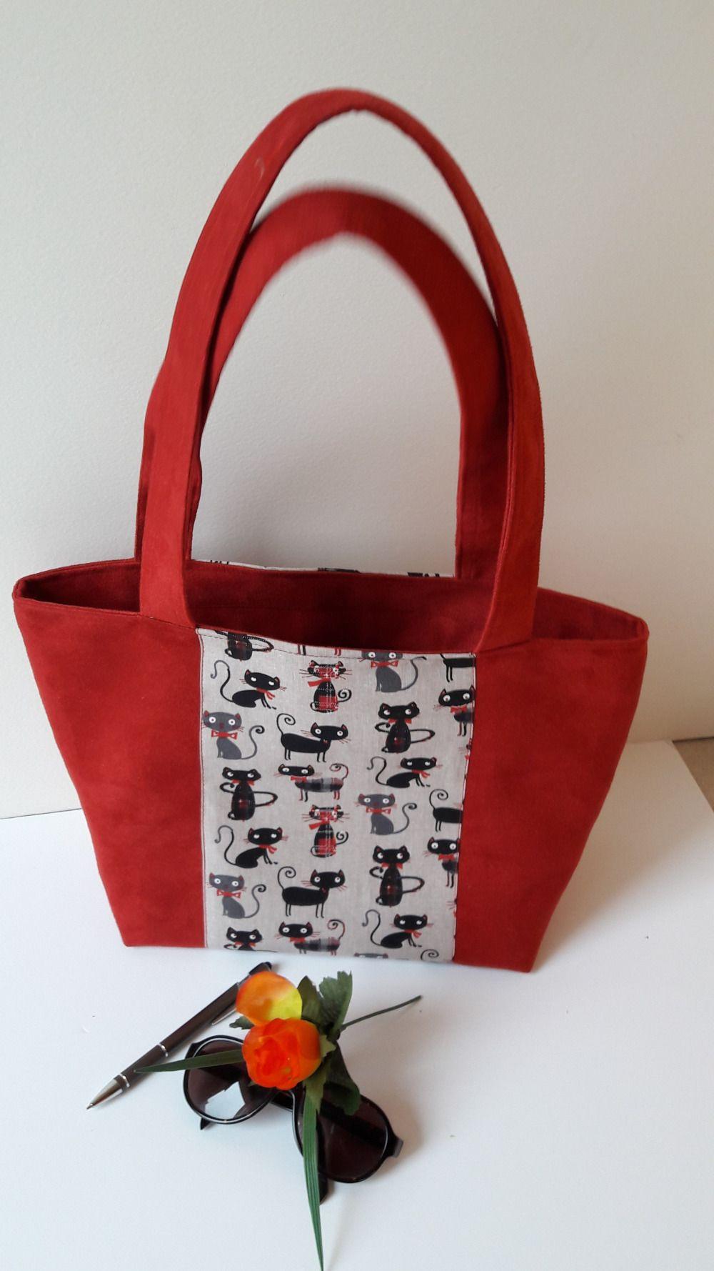 37977f7504 Sac à main cabas suédine rouge   Un Grand Marché : Boîtes, sacs et ...