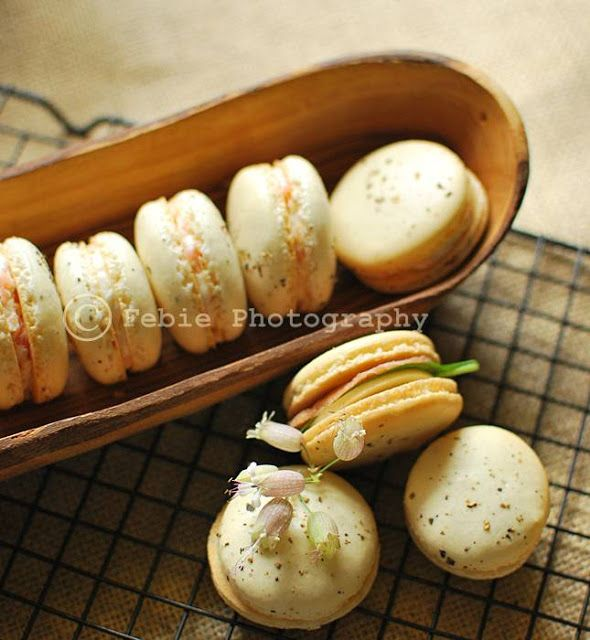 Pepper Macarons with Smoked Salmon Cream Cheese Filling.