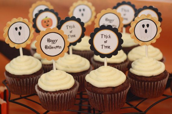 Happy Halloween Cupcake Toppers by Sweetpinkdesigns on Etsy - halloween cake decorations