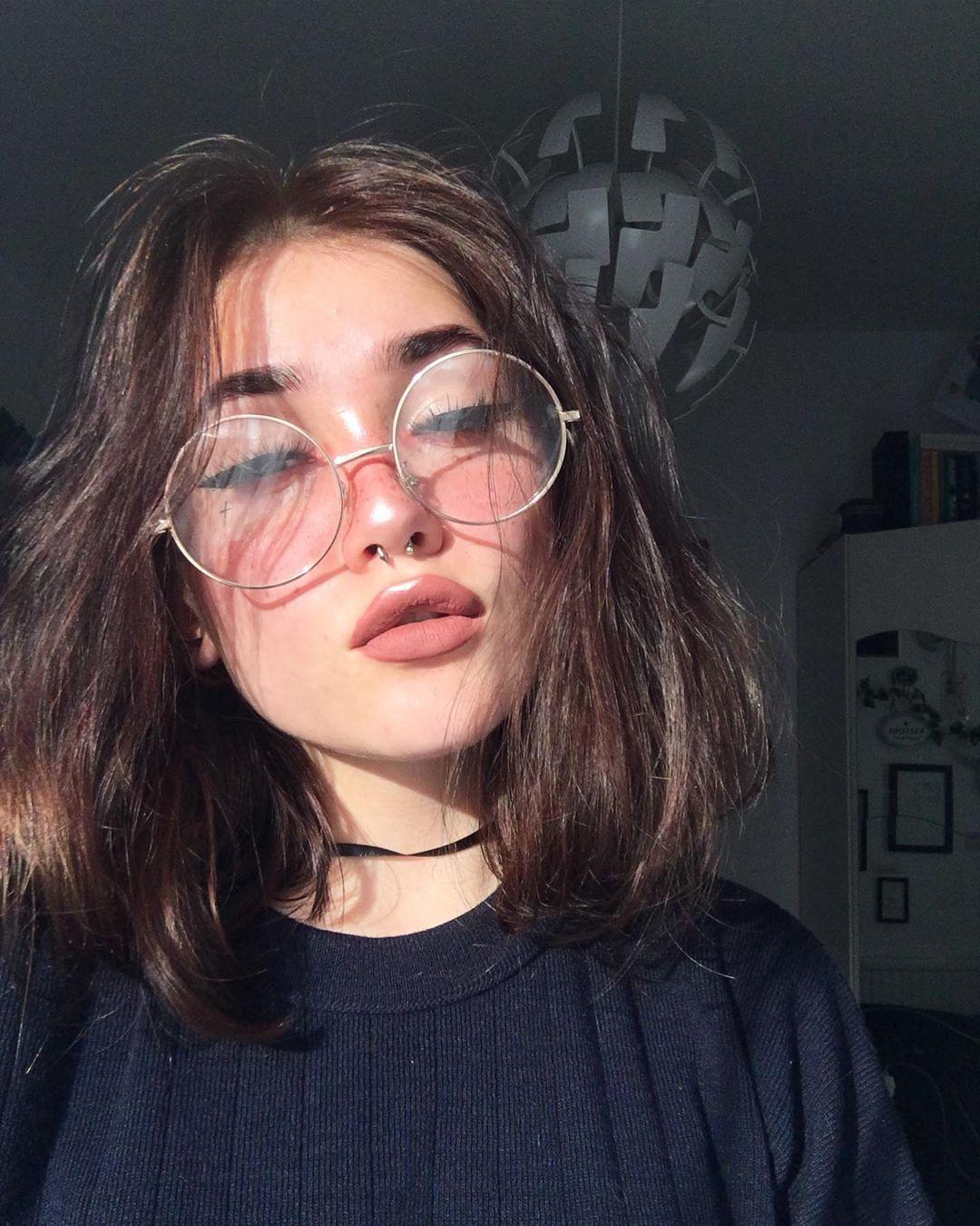 Kasia On Instagram Let S Get Some Love Mood Joke Cats Are My Life Egirl Grunge Grunger Soft Grunge Hair Aesthetic Hair Edgy Makeup