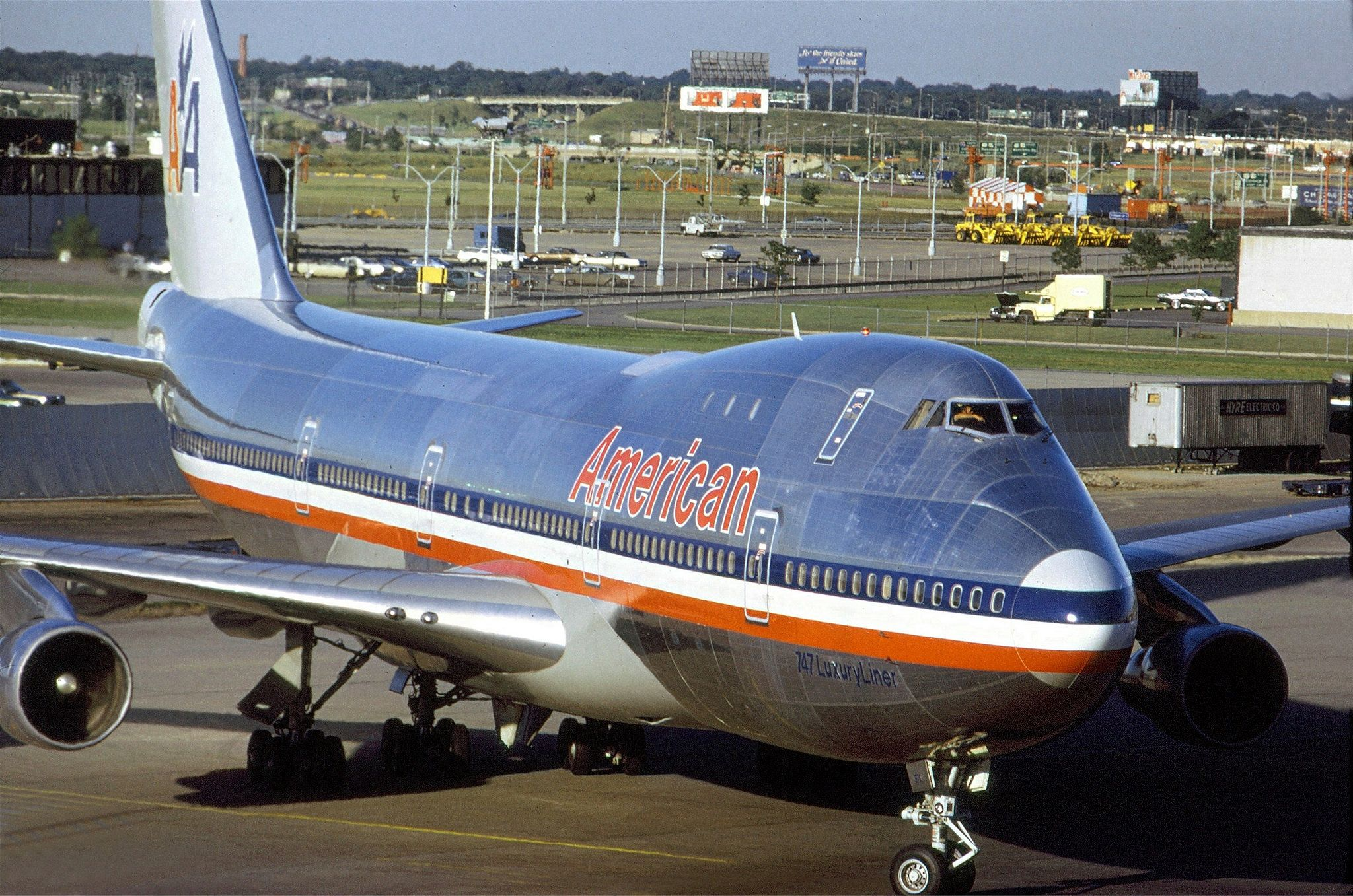 American Airlines 747123 O'Hare Airport July 1971