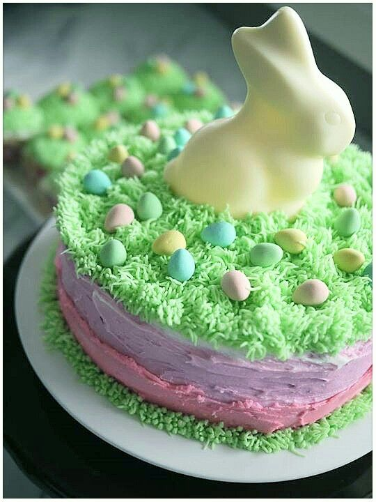 Easy Easter or Spring Birthday cake idea using the Wilton grass icing tip, mini eggs and a Lindt bunny.