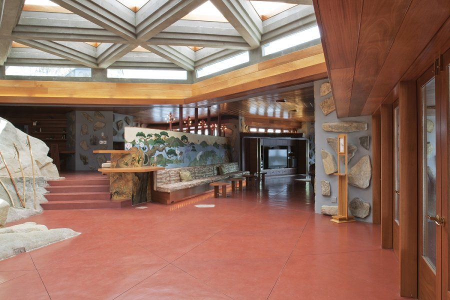 A frank lloyd wright cottage on a private island is on sale for 19 9 million