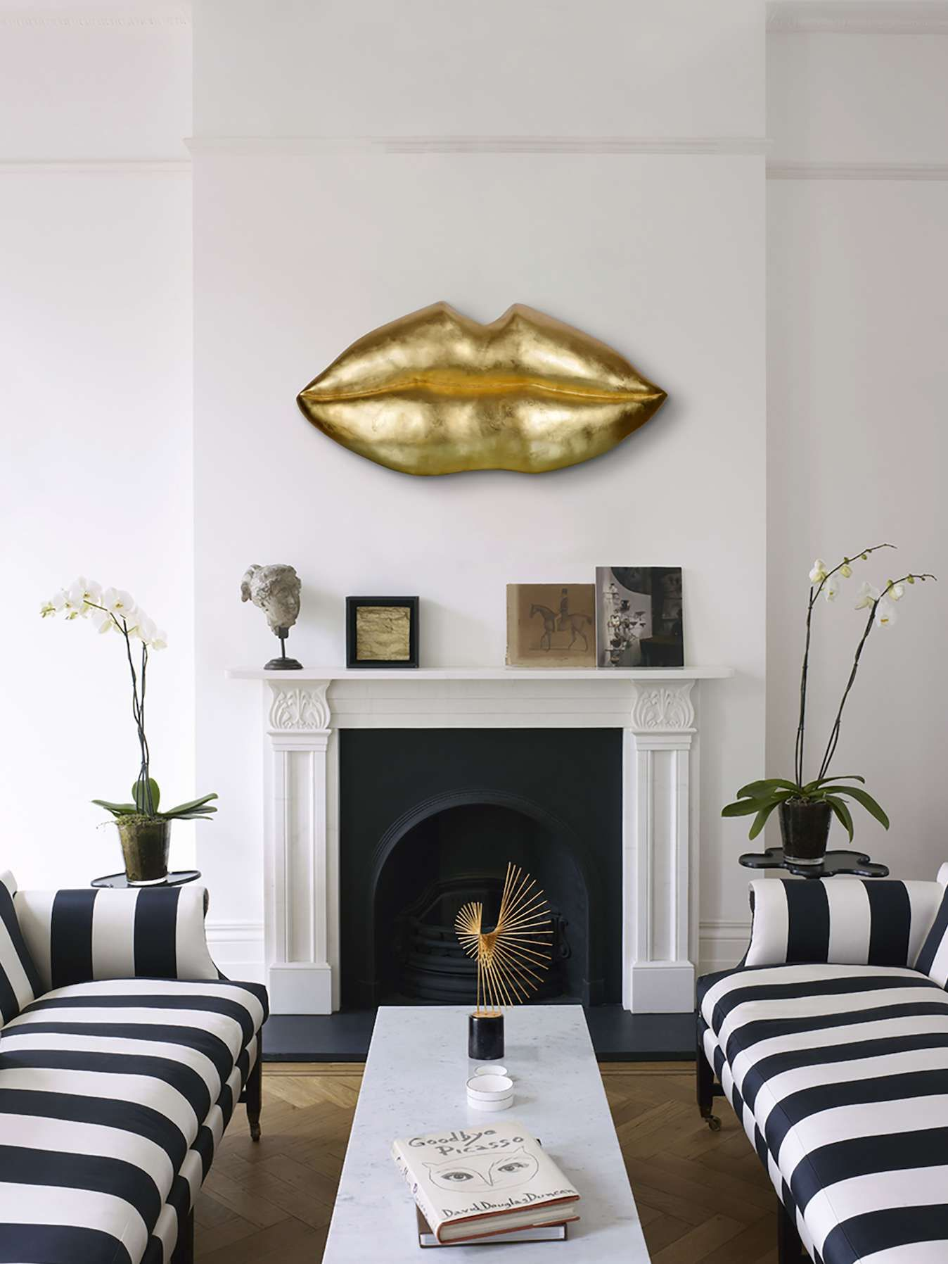 Kiss Kiss Metallic Gold Lips Wall Sculpture | Gold lips, Wall ...