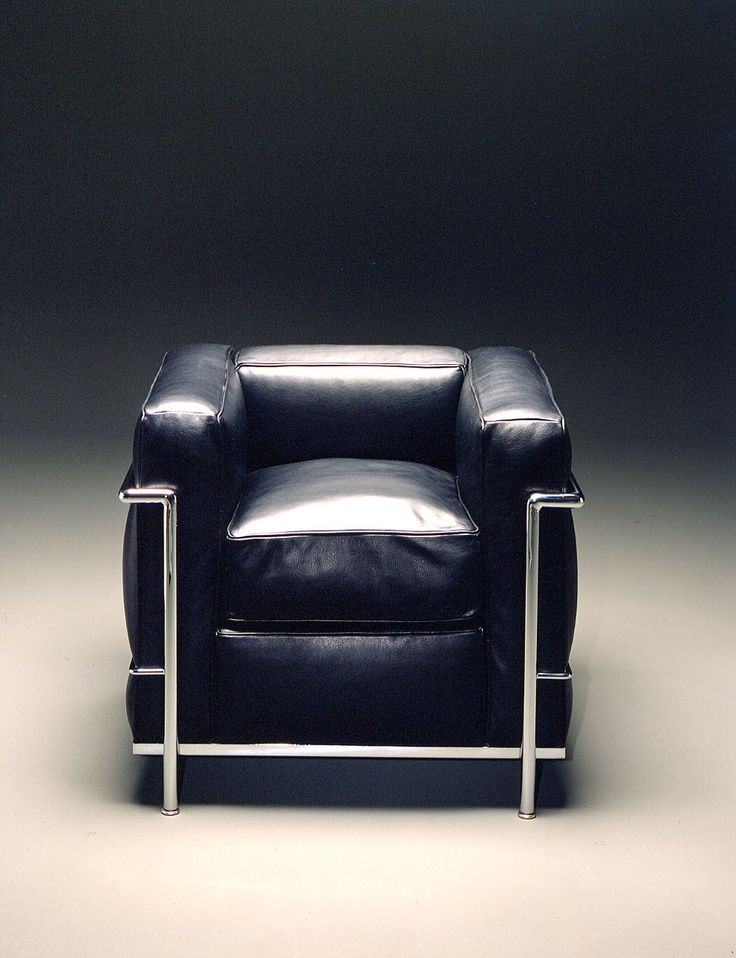 Le Corbusier Lc2 By Cassina With Images Pierre Jeanneret Le