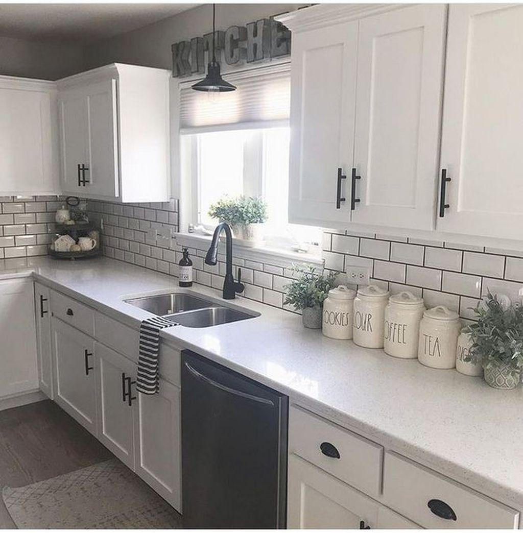 18 Stunning White Kitchen Ideas  Idées de cuisine blanche