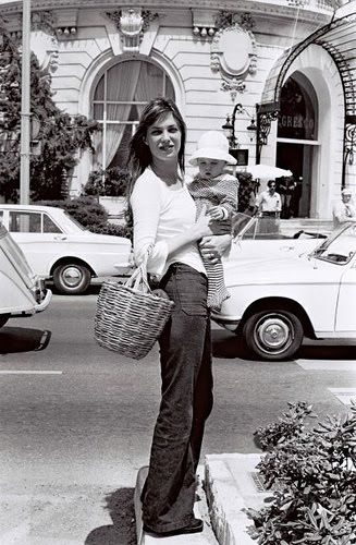 a young jane birkin with her daughter. love her casual, chic style.