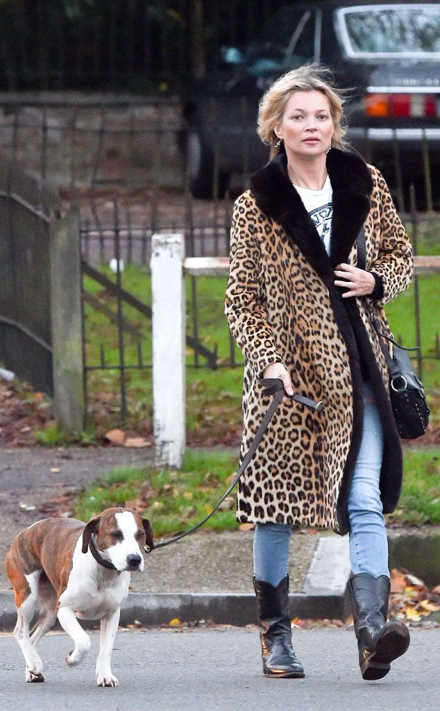 c1f6658b2fa Kate Moss from The Big Picture  Today s Hot Pics This supermodel was seeing  spots as she stepped out with a pup before meeting her new beau at a pub.