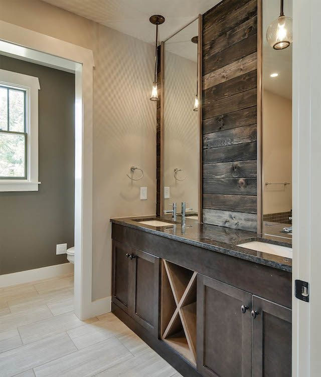Wood wall in bathroom bynum design d luxe home for Bath remodel nashville
