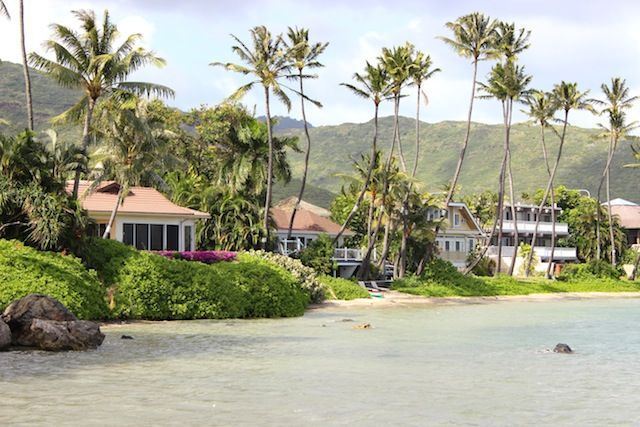 Beautiful Beach House On The Sand Homeaway Hawaii Kai Beautiful Beach Houses Beachfront Rentals Vacation