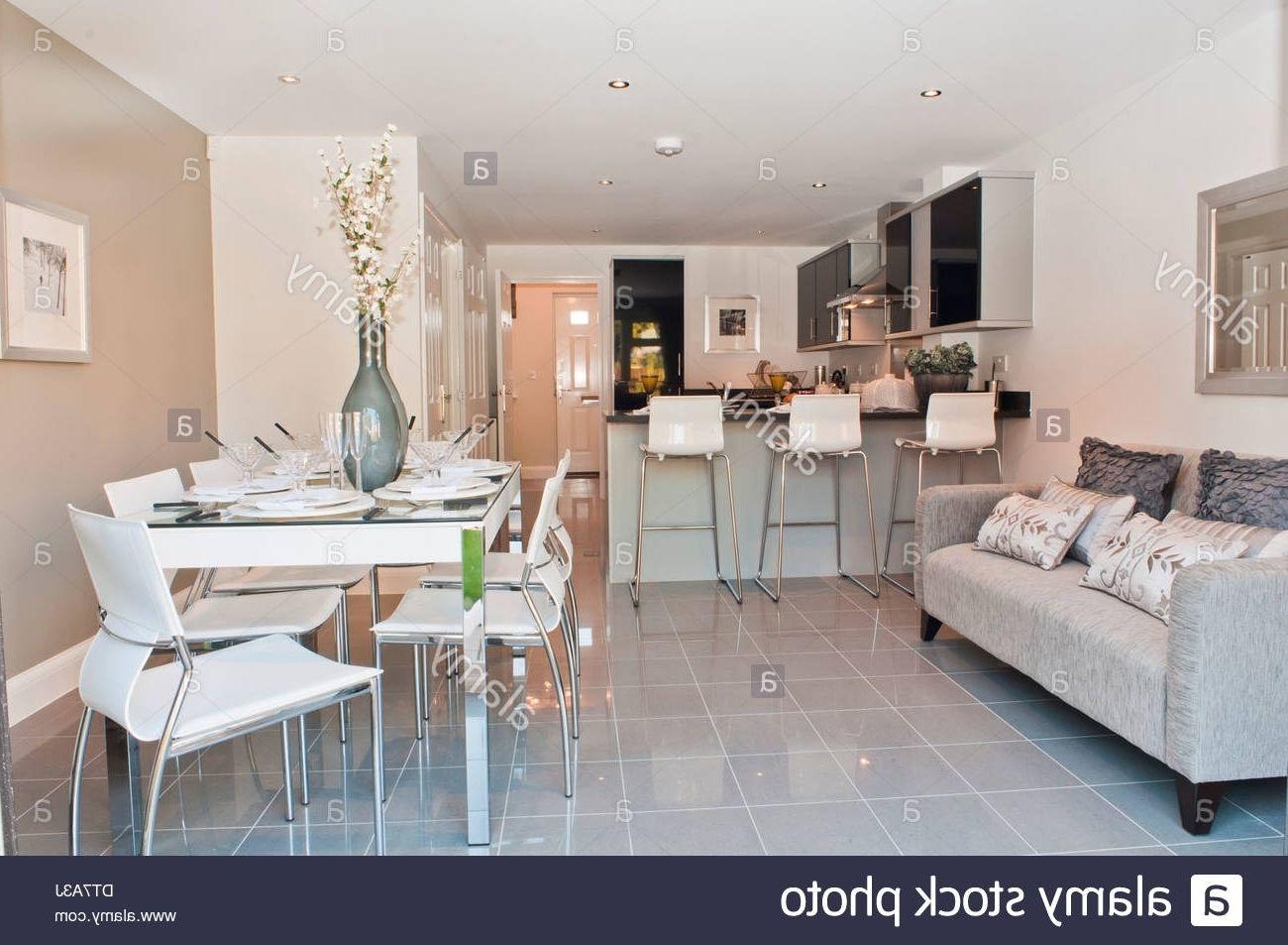 sofas in kitchen - Google Search  Kitchen sofa, Kitchen diner