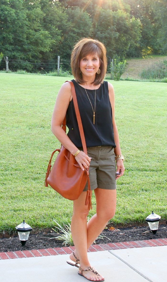 Summer Fashion For Women Over 40 | Casual summer outfits ...
