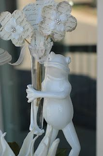 In love with this little frog!  Decorating in white..