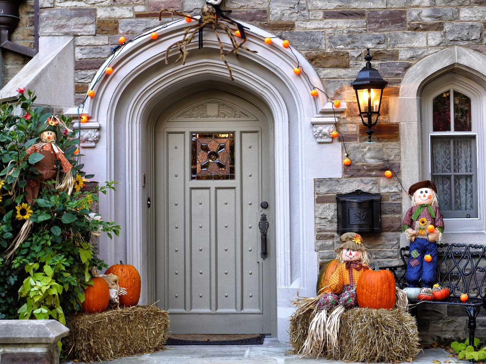 DULCE OCTUBRE DISFRACES Y MÚSICA CRIOLLA Halloween ♡ Pinterest - Halloween House Decorating Ideas Outside