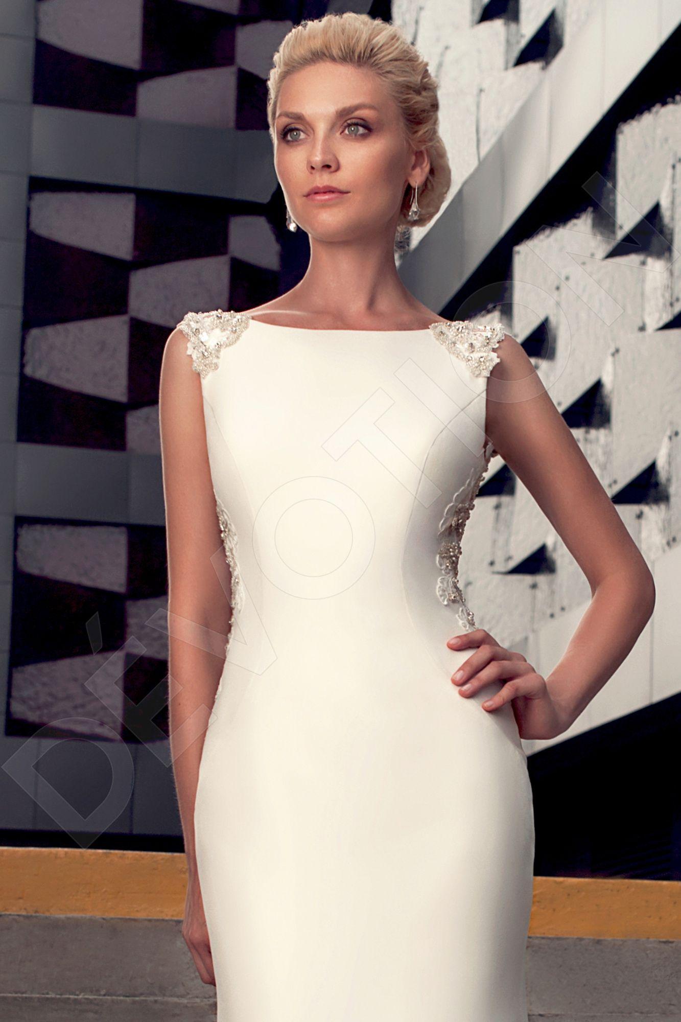 Valgerda Elegant Crepe fabric Wedding dress Ivory