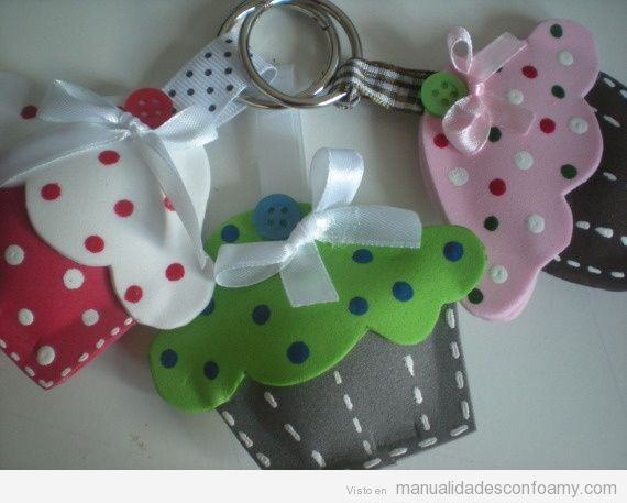 Pin By Luisa Mª Ruiz Calderón On Manualidades Con Goma Eva Felt Toys Diy Foam Crafts Crafts