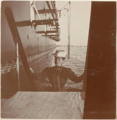 """Empress Alexandra Feodorovna of Russia on board the Imperial Royal yacht,the Standart in 1909. """"AL"""""""