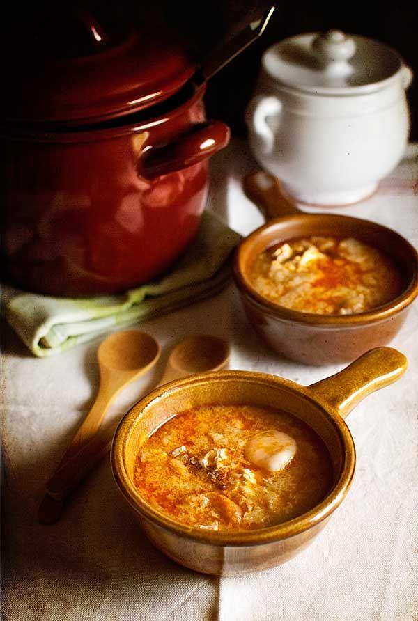Chupitos de sopa de ajo receta sopa de ajo recetas de for Cocina tradicional espanola