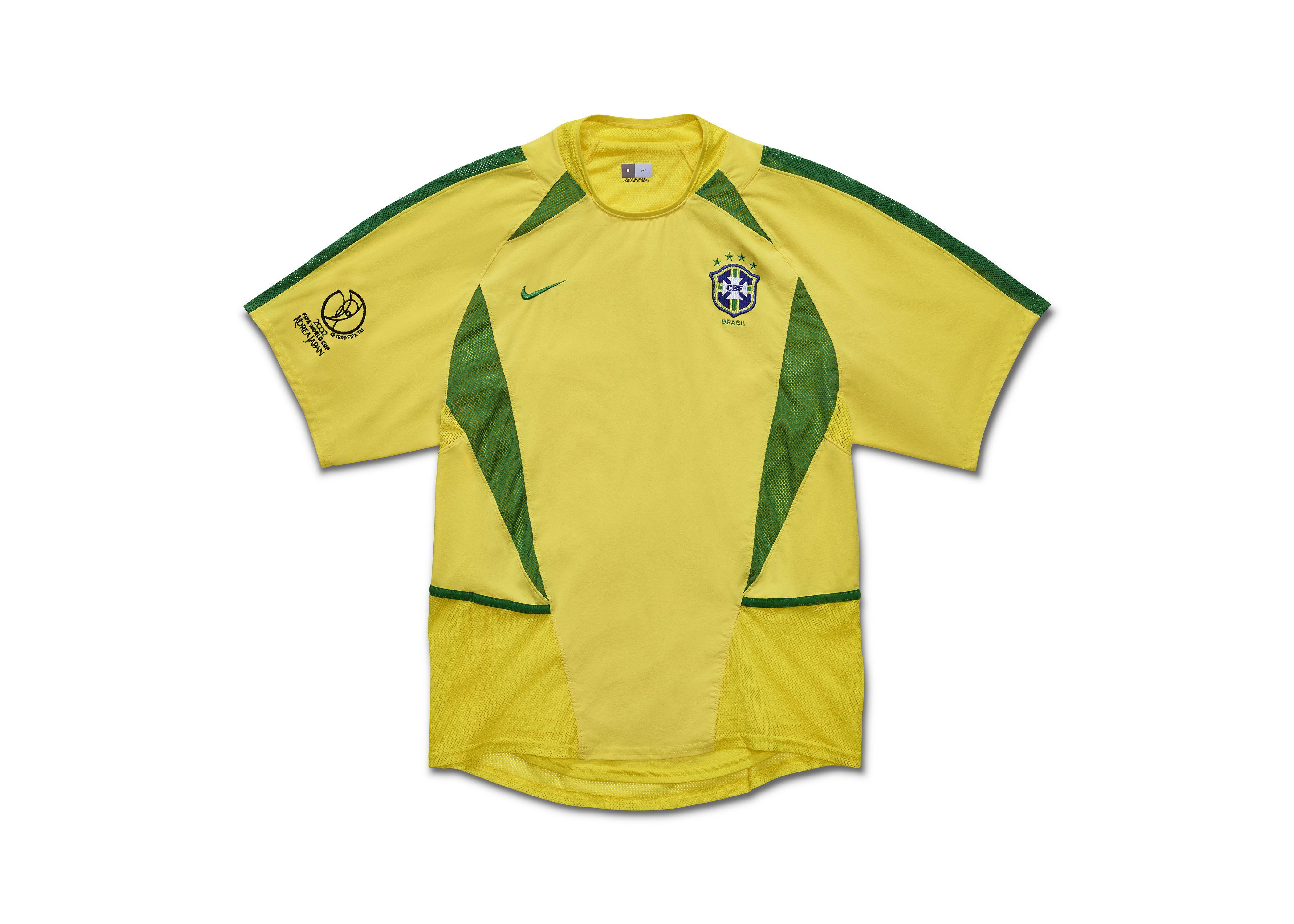 c86ecdc06b6 ... Football Kits by Angelo Trofa. Brazil World Cup 2002 home Nike