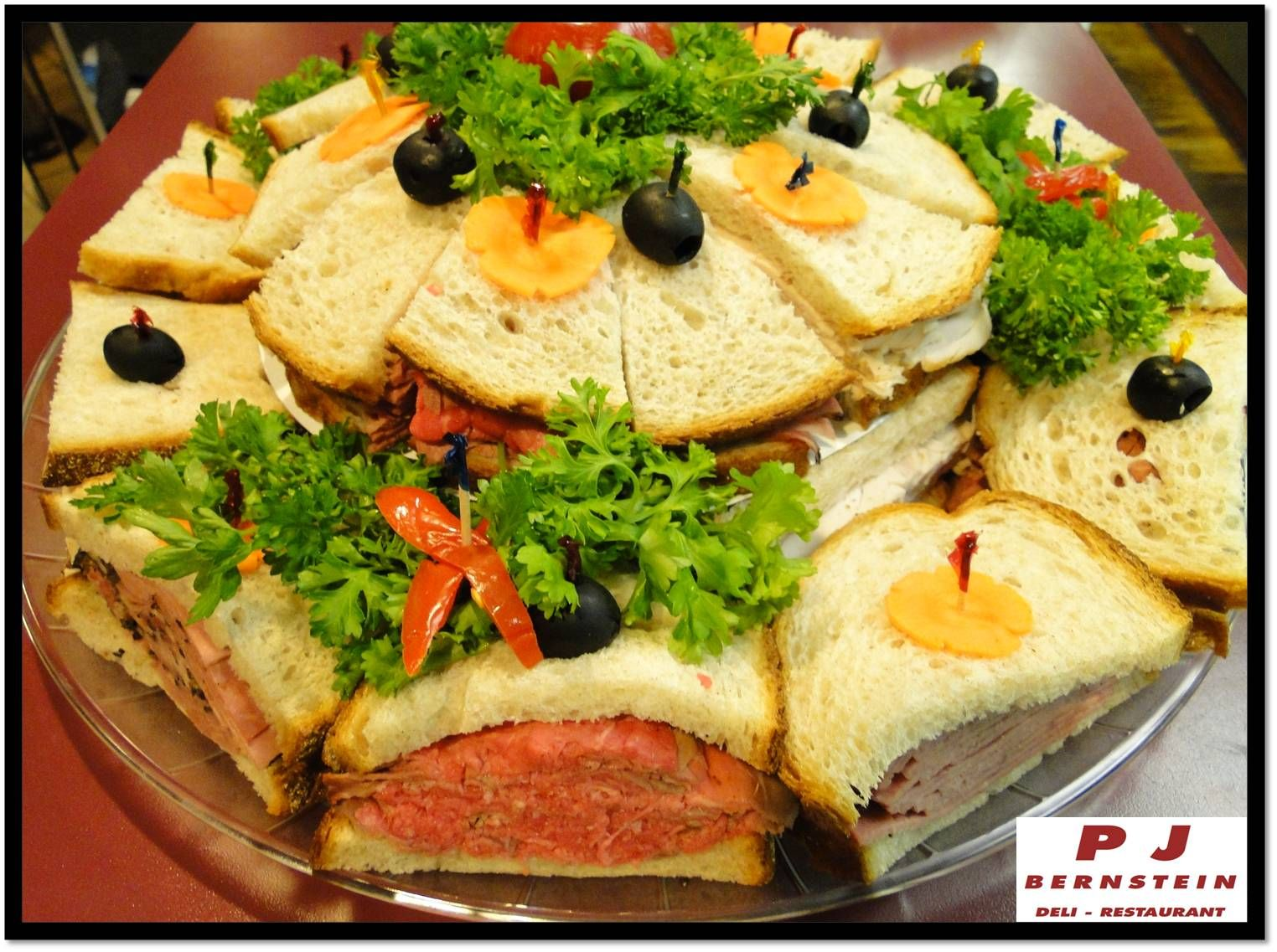 Canapé King Size Deluxe Sandwich Platter 20 King Size Extra Meat Combination