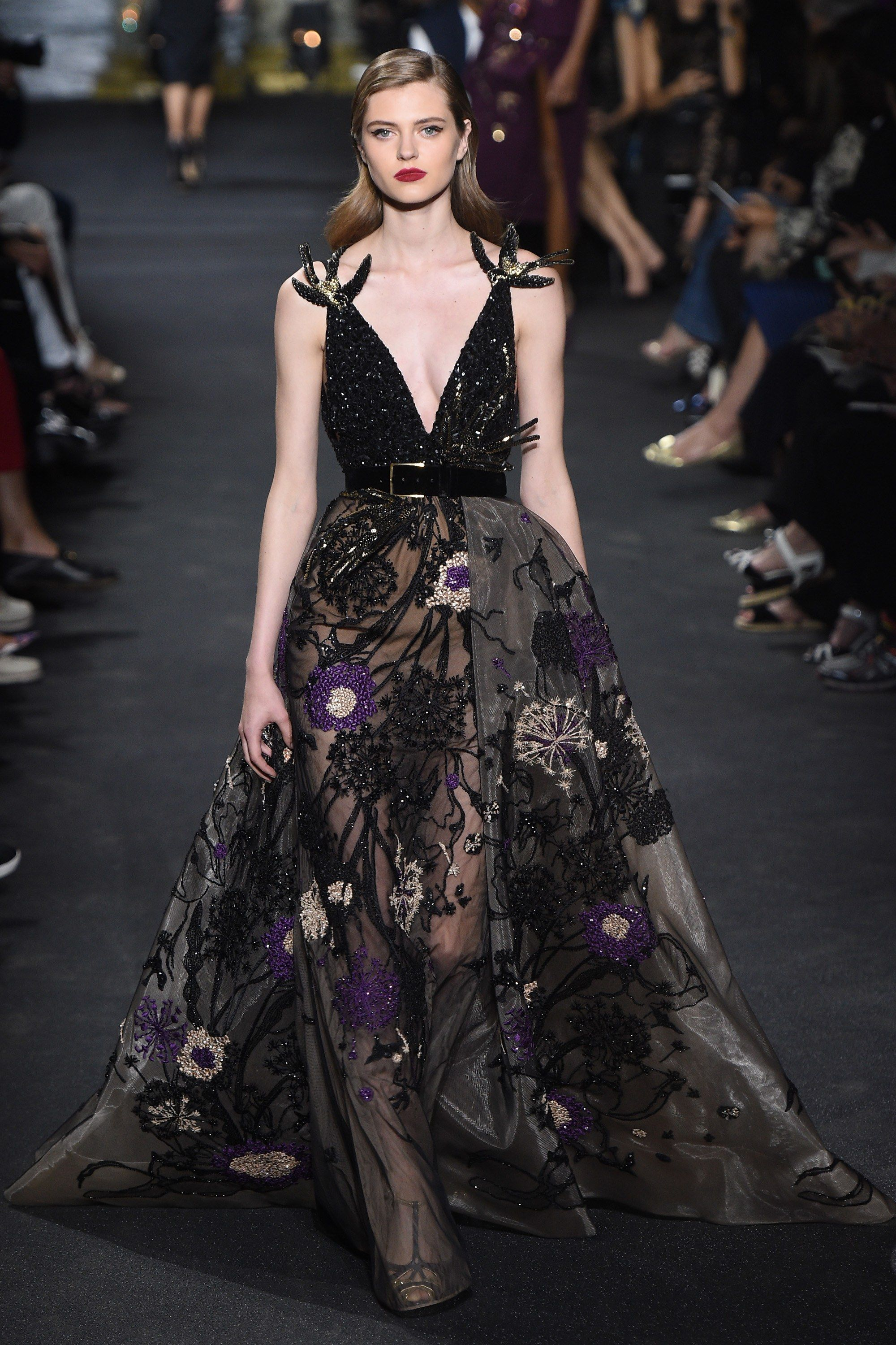 Elie saab fall 2016 couture fashion show elie saab fall for Buy haute couture