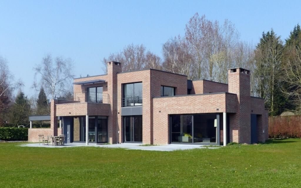 La Villa Rouge Orangee Maison Cubique En Brique Realisee Par L