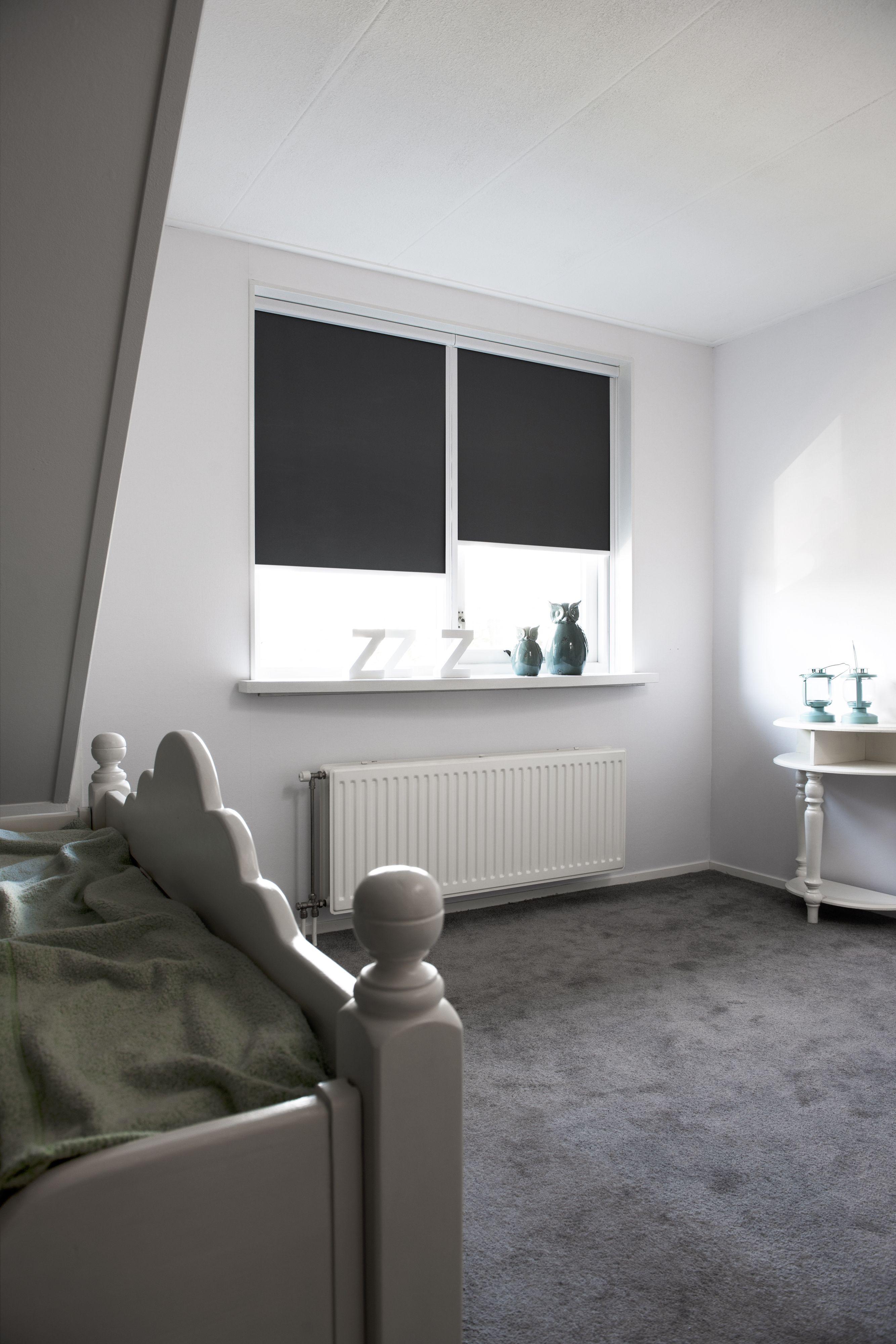 slaapkamer verduisterend rolgordijn raamdecoratiecom