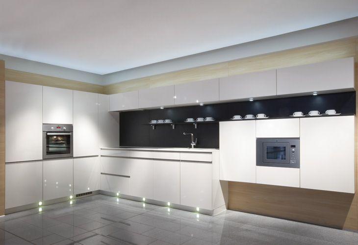 Küche in Weiß #Designküche wwwdyk360-kuechende Weiße Küchen