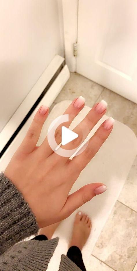 30 Stylish Short Gel Nail Designs