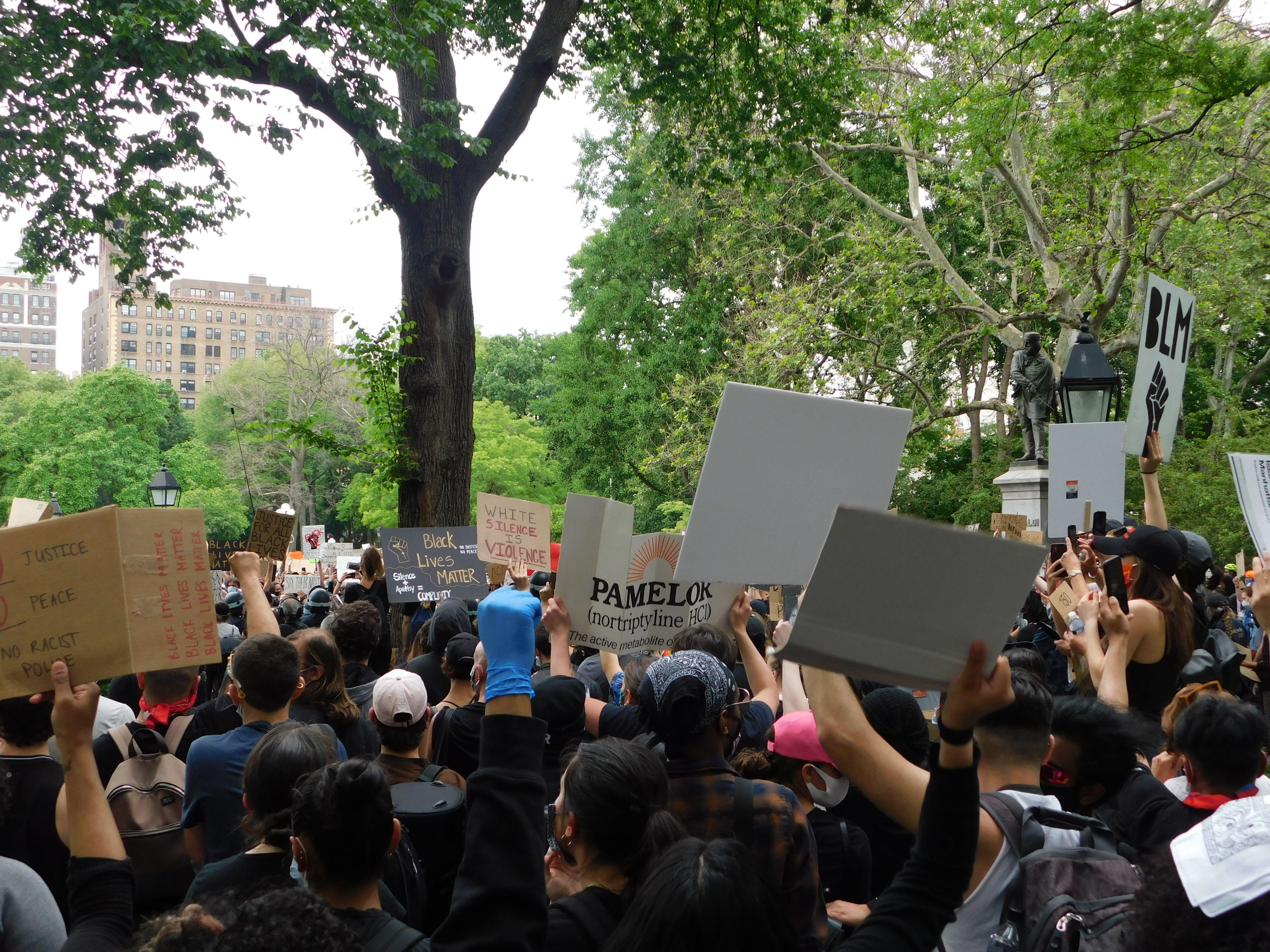 Washington Square Park New York City Blm Protest Black Lives Matter Protest Washington Square Park Black Lives Matter