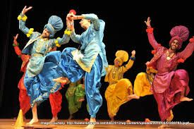 Nadanamt provides the list of best Folk Dance Classes in