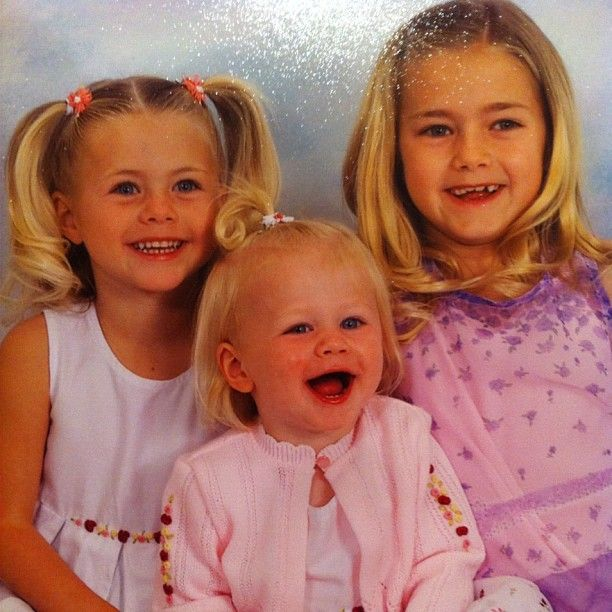 Flashback photo of Lindsay Arnold and two of her sisters.
