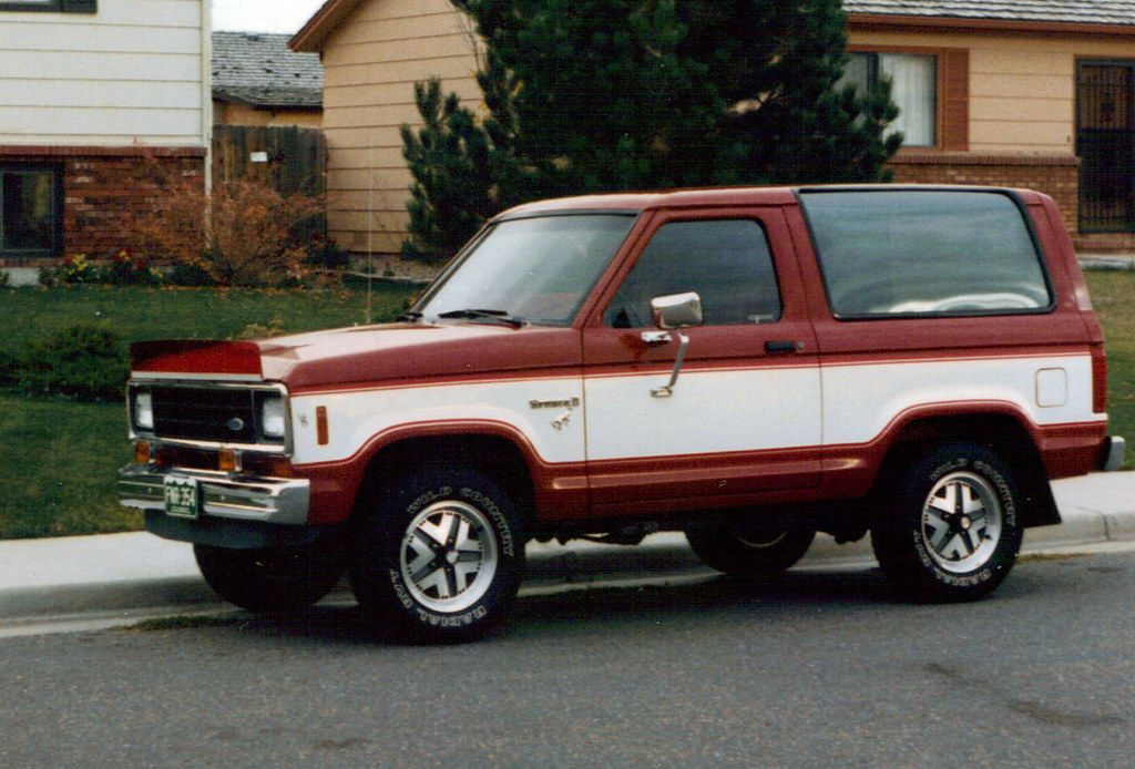 1984 Ford Bronco Ii In 2020 Ford Bronco Ii Bronco Ii Ford Bronco